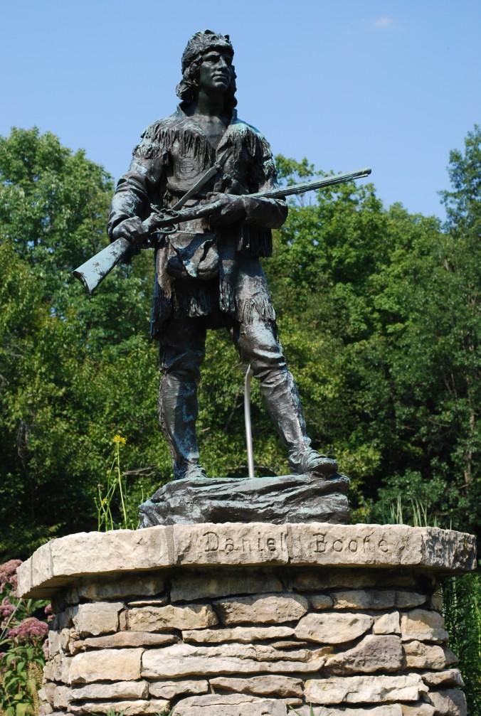 Daniel Boone Statue